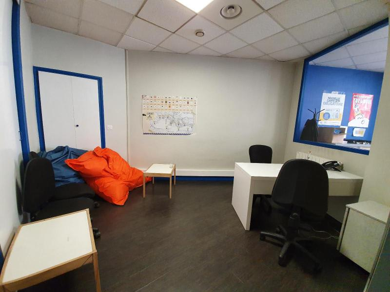 Location local commercial Grenoble 1 814€ HC - Photo 5