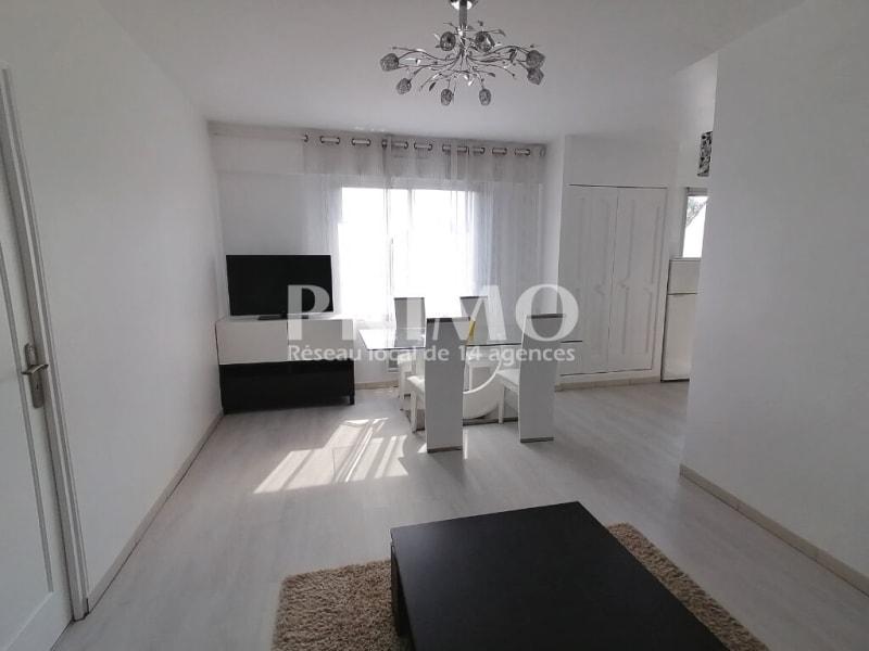 Location appartement Antony 1040€ CC - Photo 3