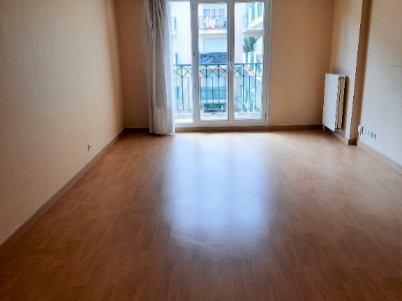 Sale apartment Poissy 299000€ - Picture 2