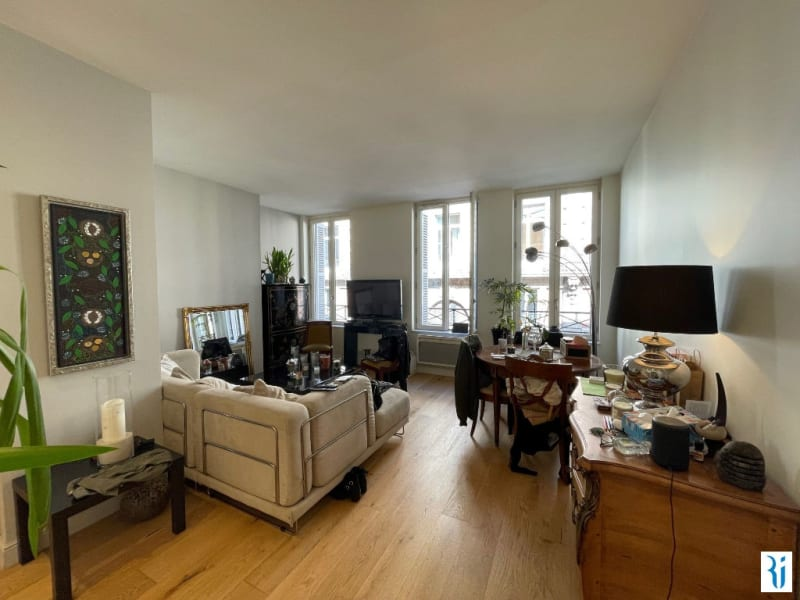 Rental apartment Rouen 807€ CC - Picture 1