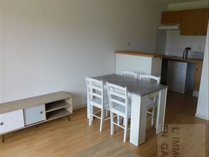 Rental apartment Auch 470€ CC - Picture 1
