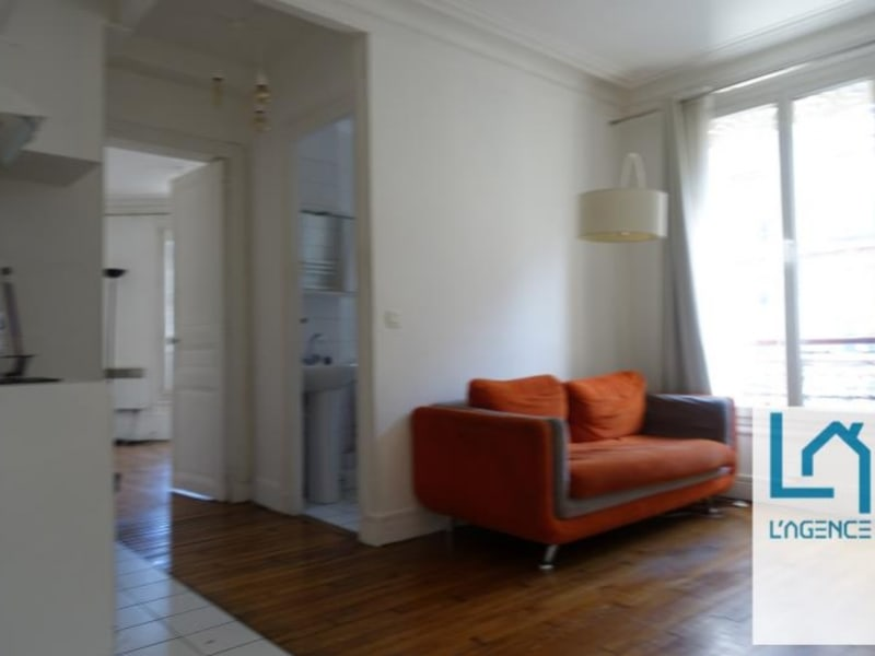 Rental apartment Paris 12ème 1050€ CC - Picture 1