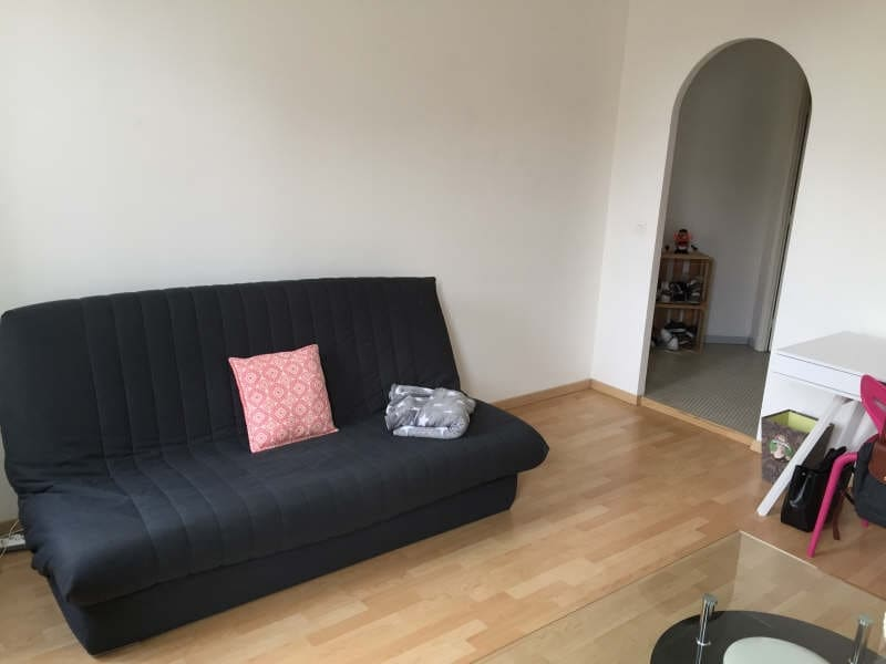 Location appartement Bordeaux 655,35€ CC - Photo 2