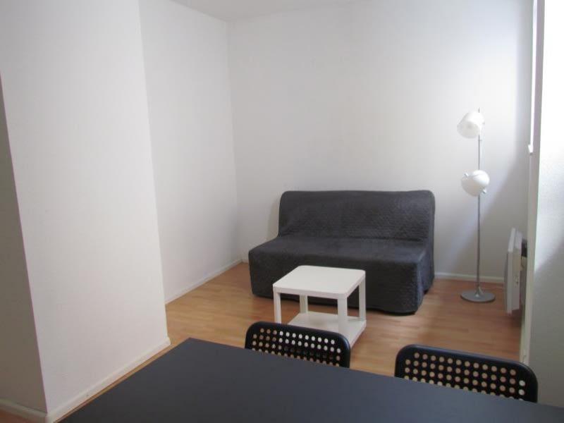 Location appartement Strasbourg 498,05€ CC - Photo 1