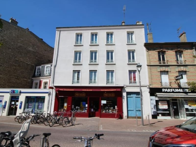 Sale apartment Chatou 269 000€ - Picture 1