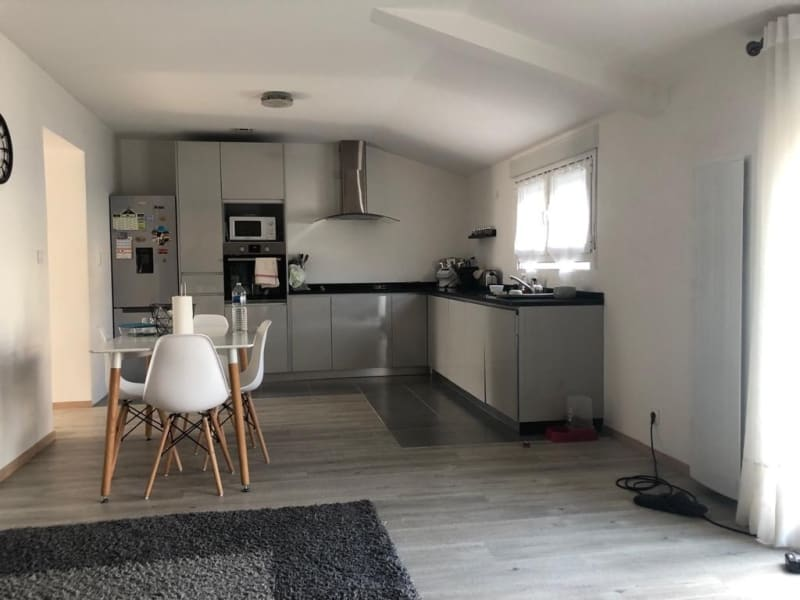 Rental house / villa Chambly 1 250€ CC - Picture 2