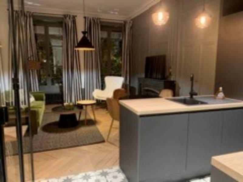 Rental apartment Lyon 6ème 1350€ CC - Picture 7