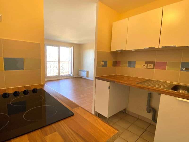 Rental apartment Les clayes sous bois 770€ CC - Picture 3