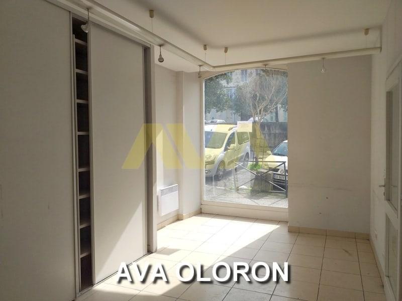 Sale shop Oloron-sainte-marie 80000€ - Picture 1