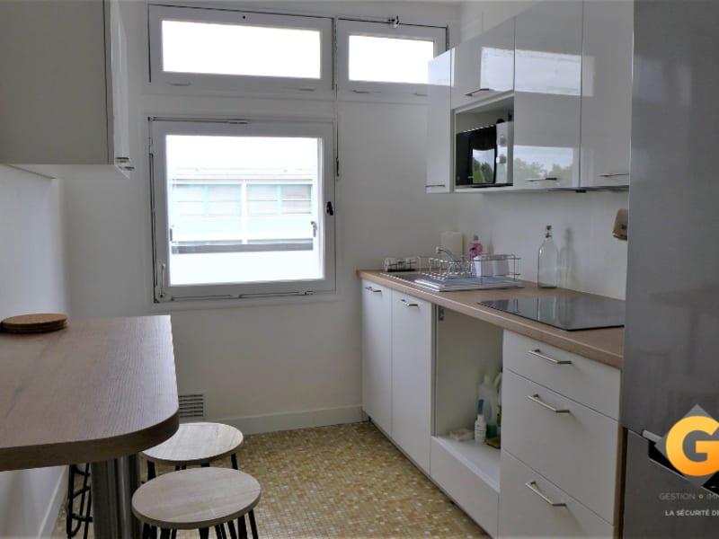Location appartement Rennes 390€ CC - Photo 1