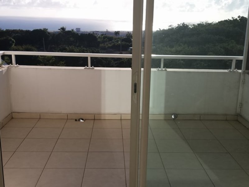 Location appartement Ste clotilde 833€ CC - Photo 8
