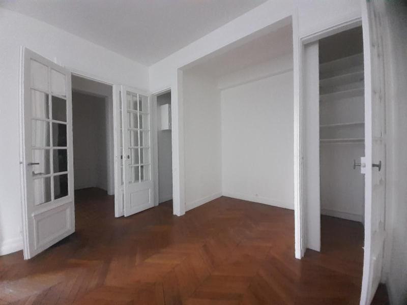 Location appartement Paris 16ème 1713,92€ CC - Photo 5