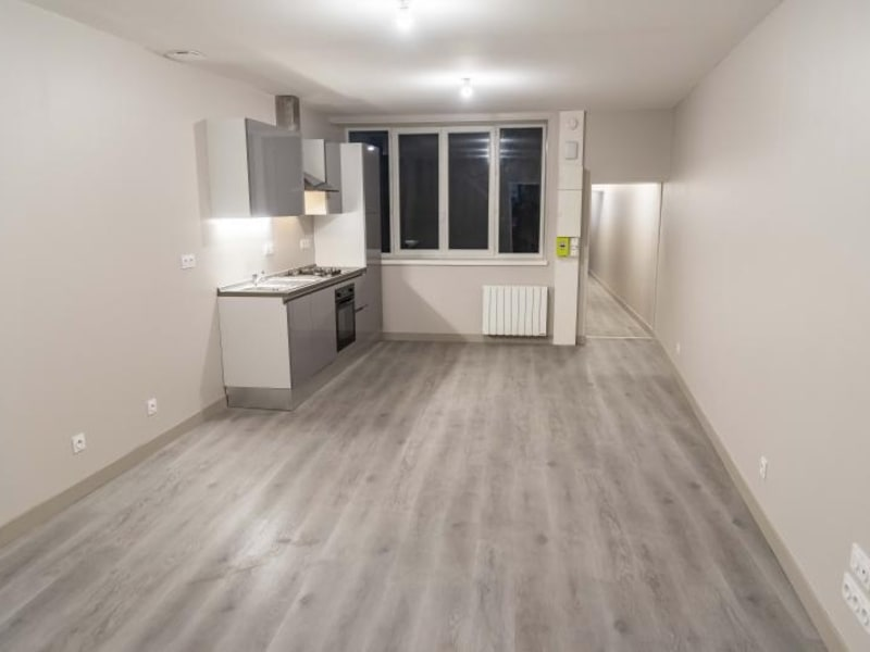 Location appartement Nantua 510,50€ CC - Photo 1