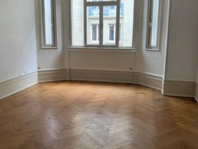 Location appartement Strasbourg 1 700€ CC - Photo 5