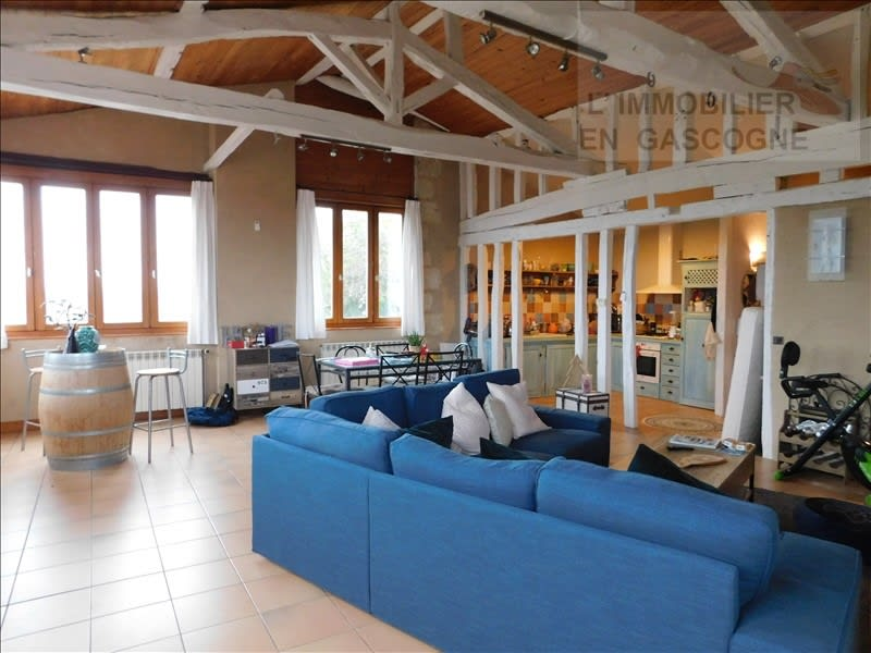 Rental apartment Auch 566€ CC - Picture 1