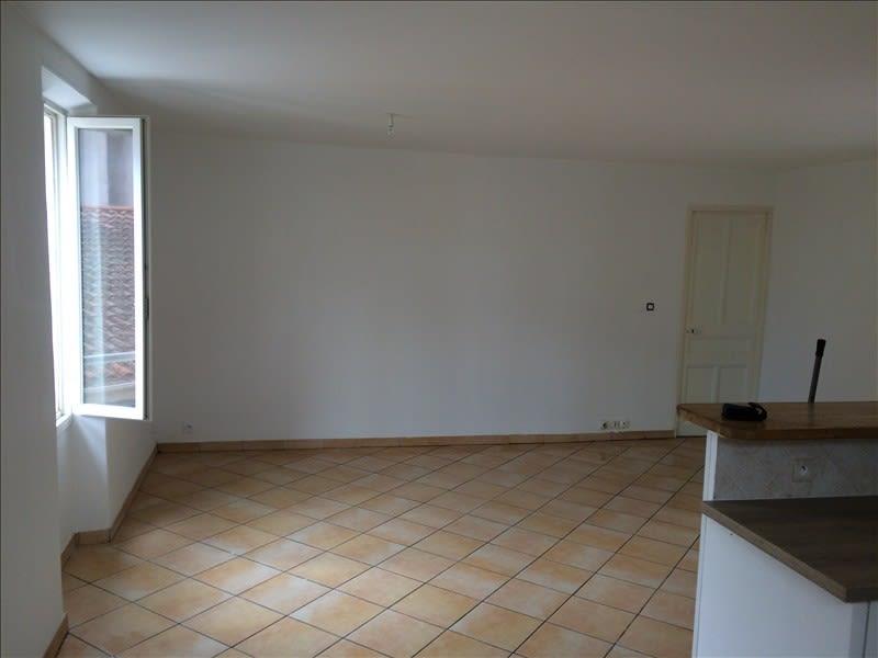 Rental apartment Pierrefeu du var 665€ CC - Picture 2