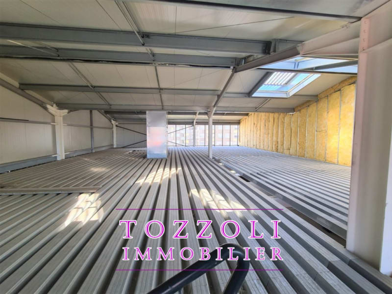 Location local commercial Bourgoin jallieu 3 500€ HC - Photo 5