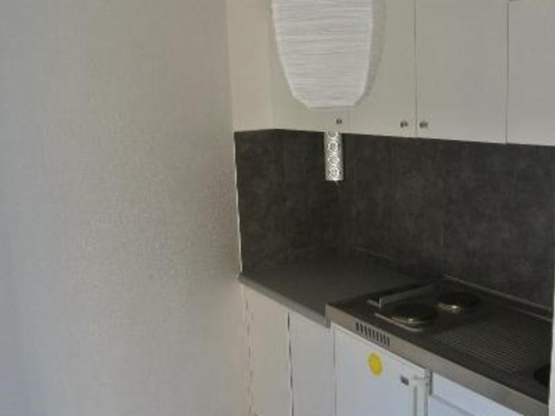 Location appartement St symphorien de lay 335€ CC - Photo 3