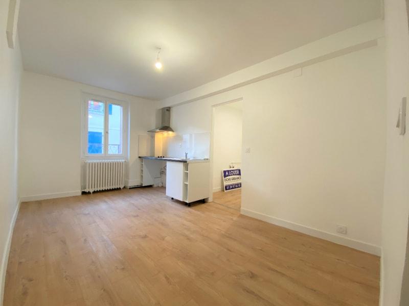 Rental apartment Saint leu la foret 740€ CC - Picture 1