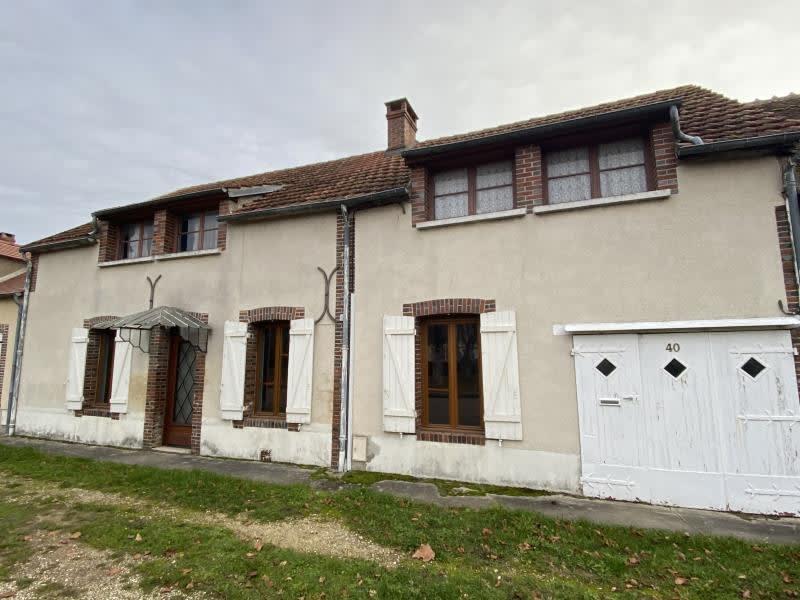 Vente maison / villa Charny 85000€ - Photo 1