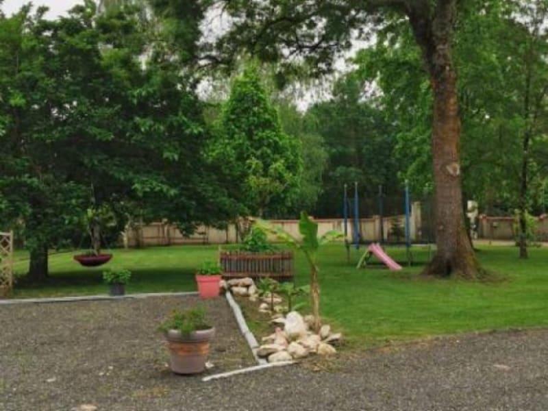Sale house / villa Pugnac 222000€ - Picture 2