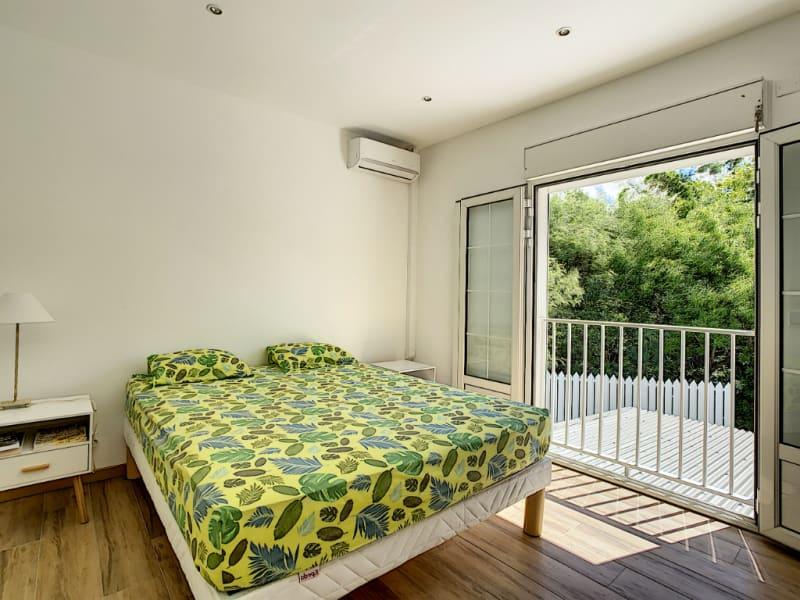 Sale house / villa La riviere 362000€ - Picture 5
