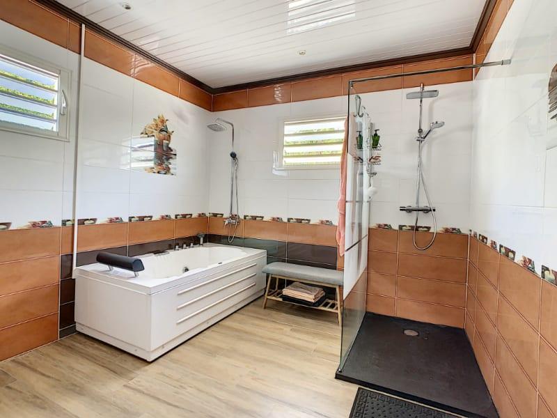 Sale house / villa La riviere 362000€ - Picture 6