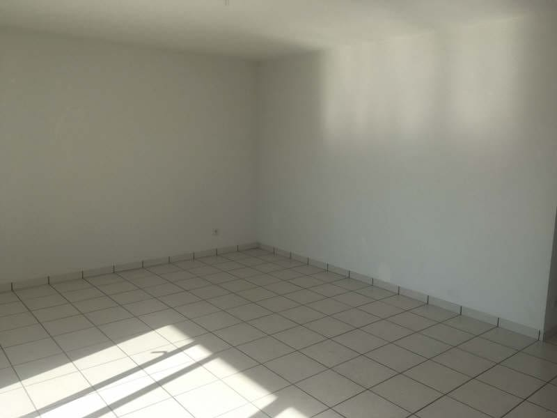 Location appartement Poitiers 563,17€ CC - Photo 4