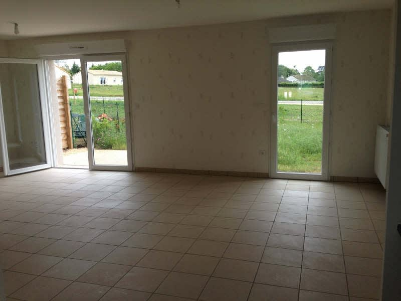 Location maison / villa Poitiers 741,29€ CC - Photo 2