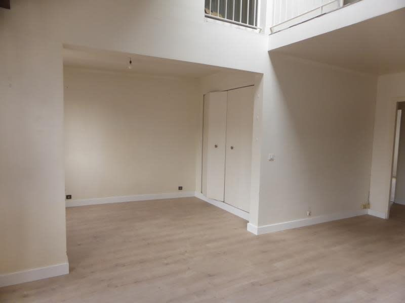 Sale apartment Compiegne 221000€ - Picture 2