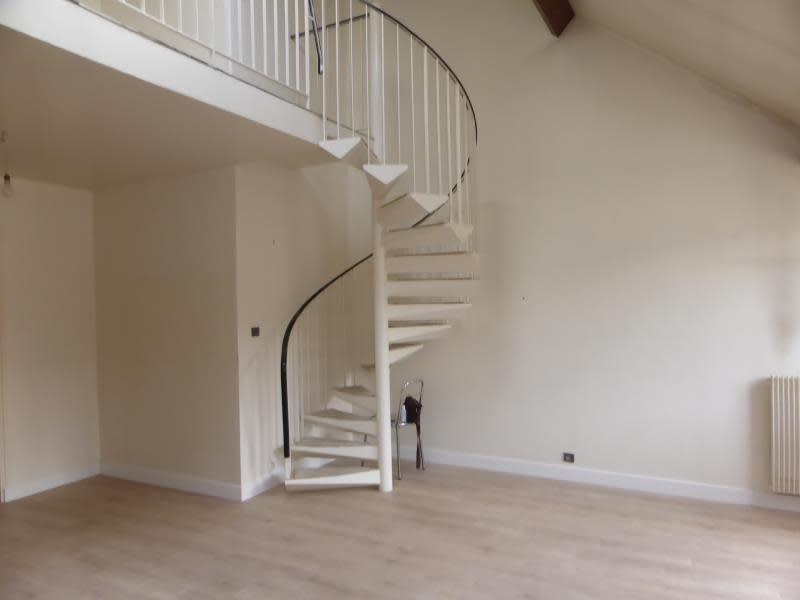 Sale apartment Compiegne 221000€ - Picture 3