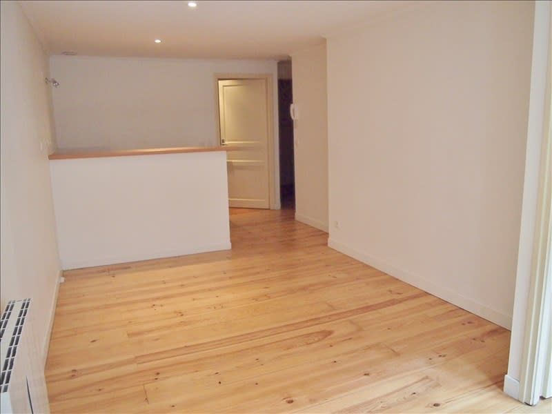 Rental apartment Pau 380€ CC - Picture 2