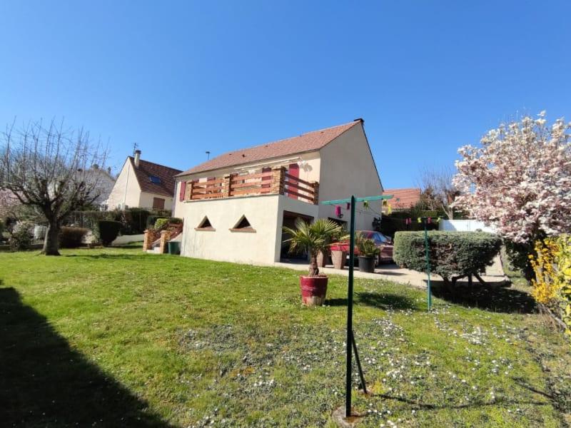 Sale house / villa Le thillay 339000€ - Picture 1