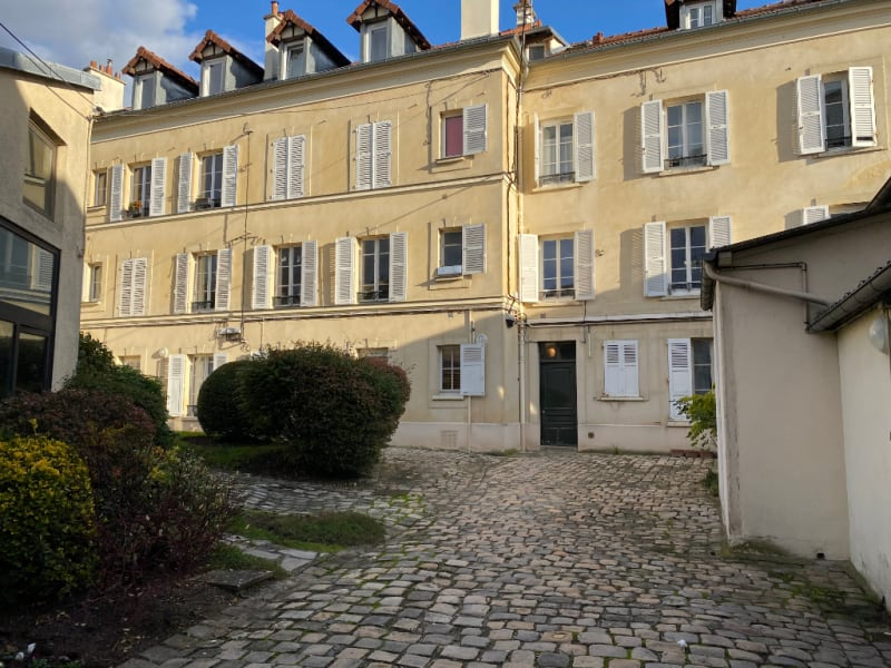 Rental apartment Le chesnay 850€ CC - Picture 1