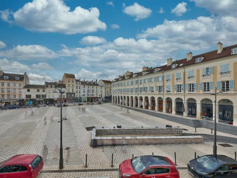Rental apartment St germain en laye 2950€ CC - Picture 1