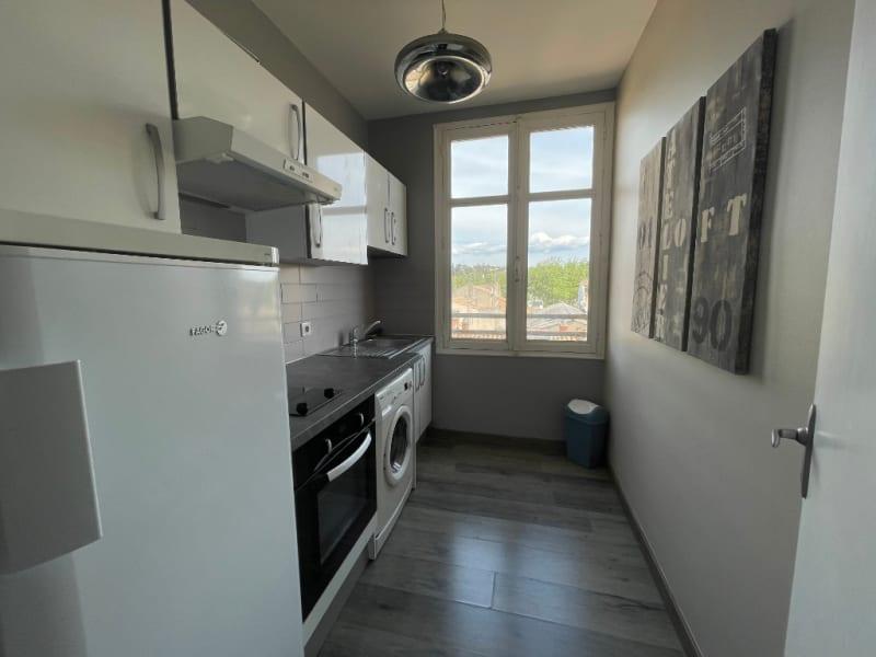 Rental apartment Carcassonne 456,87€ CC - Picture 4