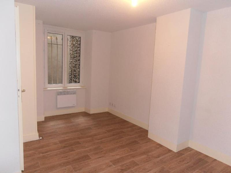 Rental apartment Nantua 388€ CC - Picture 3
