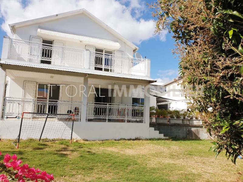 Rental house / villa La possession 1460€ CC - Picture 1