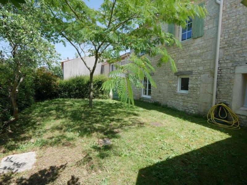 Sale house / villa La rochelle 385000€ - Picture 1