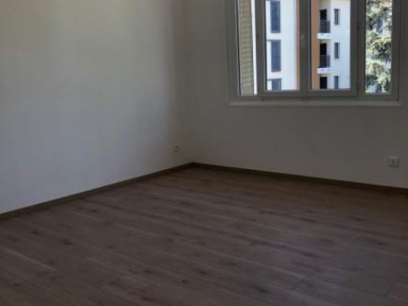 Rental apartment Condrieu 704€ CC - Picture 3
