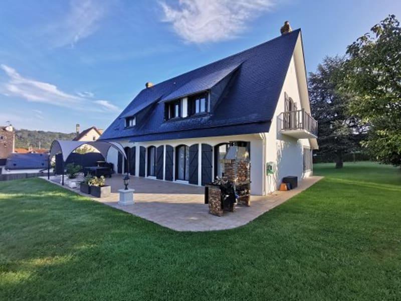 Sale house / villa Montville 550000€ - Picture 1