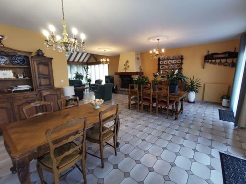 Sale house / villa Montville 550000€ - Picture 2
