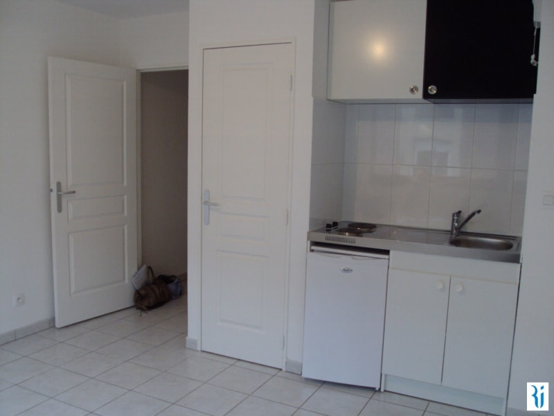 Rental apartment Rouen 340€ CC - Picture 2