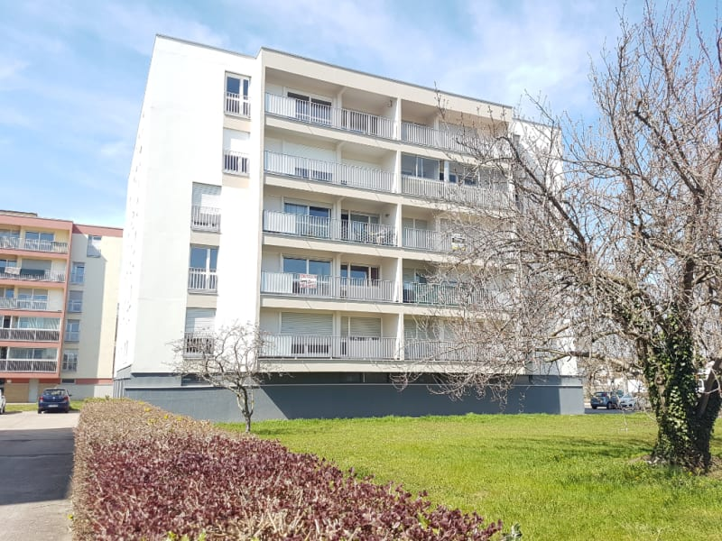 Dans résidence avec ascenseur T4 balcon-terrasse