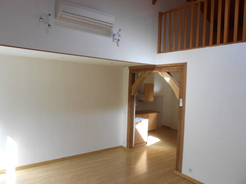 Rental apartment Freteval 460€ CC - Picture 1