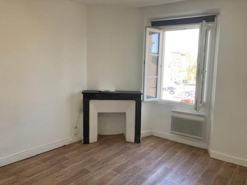 Location appartement Versailles 565€ CC - Photo 1