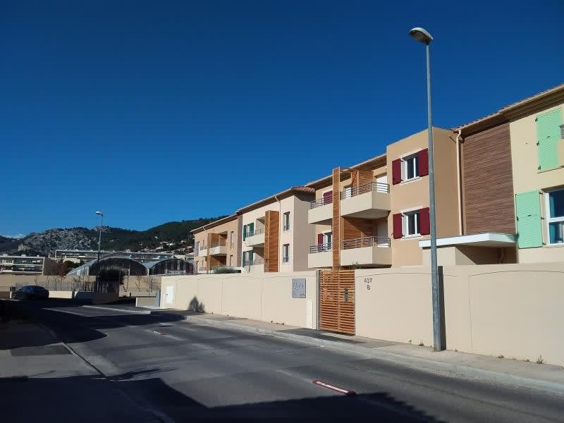 Rental apartment Ollioules 880€ CC - Picture 1