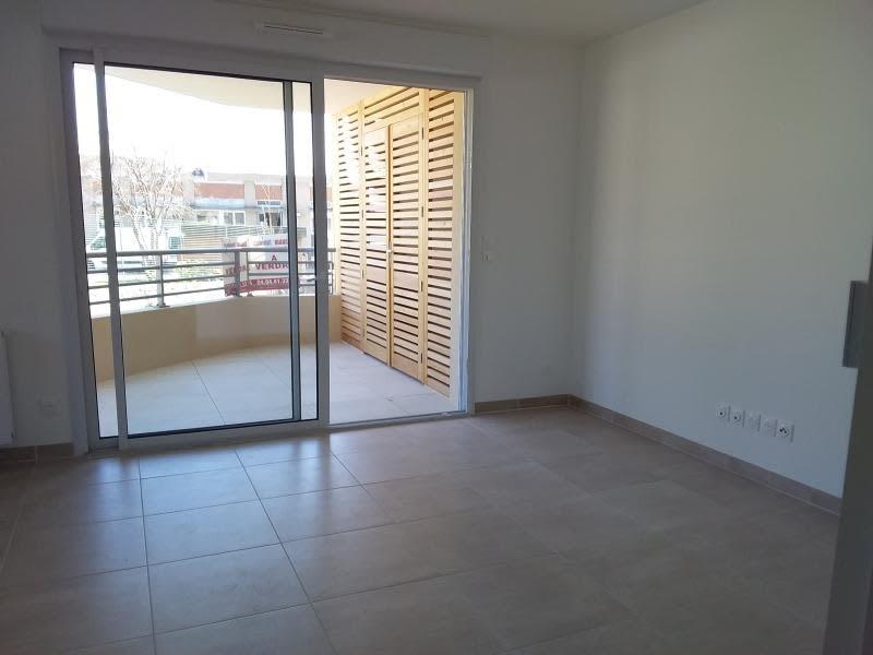 Rental apartment Ollioules 880€ CC - Picture 3