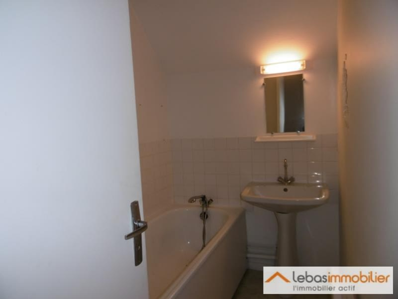Location appartement Doudeville 300€ CC - Photo 3