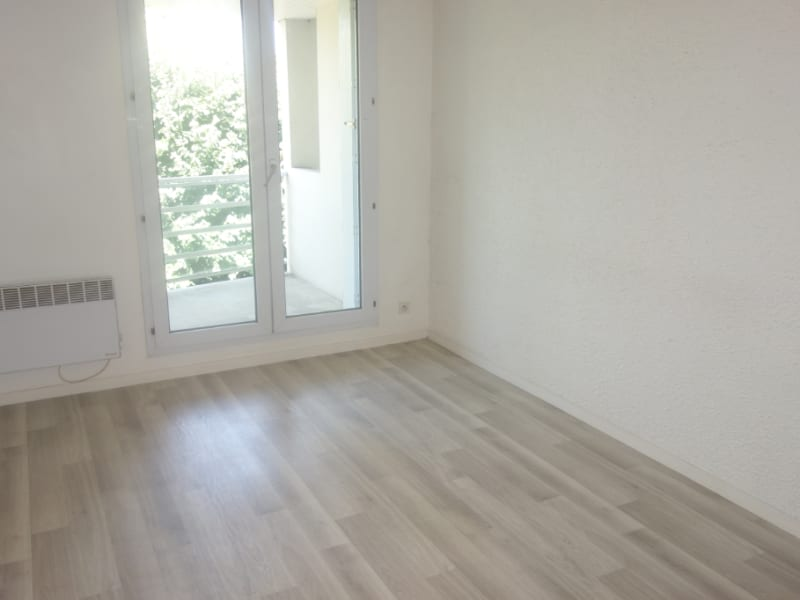 Location appartement La roche sur yon 490€ CC - Photo 3